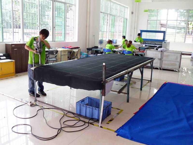 Prepare bulk production material - Cutting cloth materials