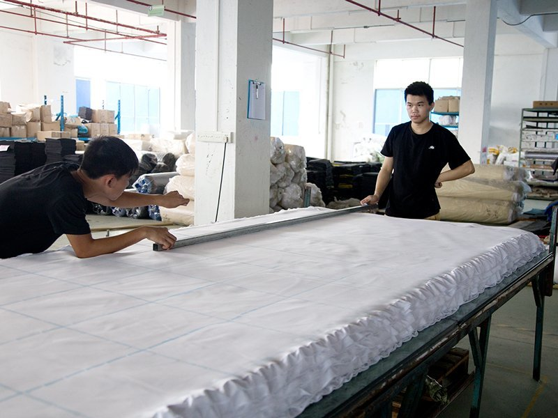 Prepare bulk production material - Cutting cloth materials