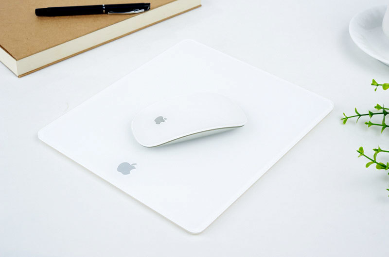 Hot plastic mouse mat control KAL Brand